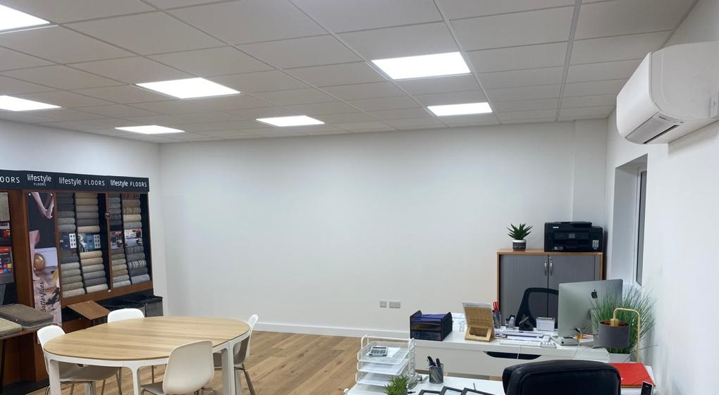 Lighting installation for commercial office space